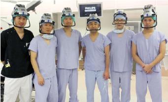 股関節外科班